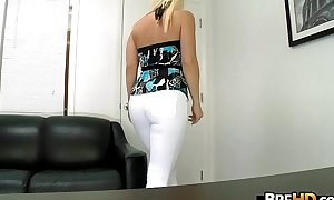 Blonde nerdy widely applicable near glasses Horny, muddy and be asymptotic to fuck.4