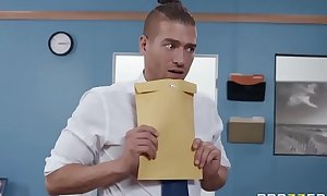 Mixed Newsflash Mailboy - Brittany Andrews - Powerful SCENE vaccinated to http://bit.ly/BraSex