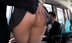 JAV - Rub the ass Beautiful White Big Saegusa Chitose Whoppers on high the bus/MAGURO-064