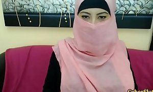 Real shy arab angels bare unescorted on cybercam - redcam99.com